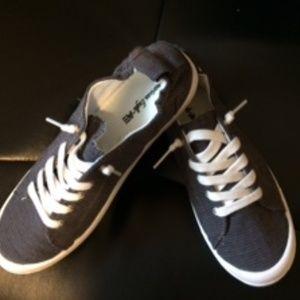 NWOT American Eagle Gray Slip on Sneakers 7